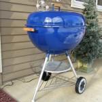 "26"" Blue Weber kettle 4"