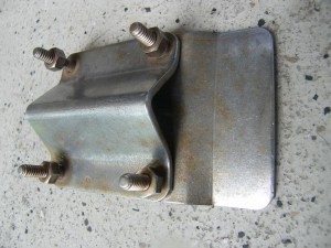 1960s Galley Que mounting bracket