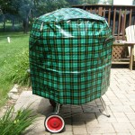 "26"" Scotch Plaid kettle cover"