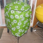 "22"" kettle cover flower pattern 2"