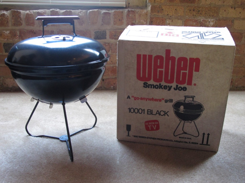 1981 smokey joe nib weber kettle club. Black Bedroom Furniture Sets. Home Design Ideas