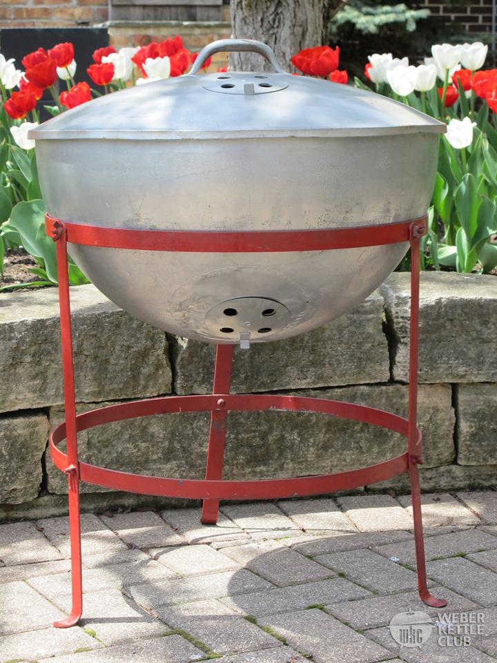 the original weber george 39 s 1952 barbecue kettle weber kettle club. Black Bedroom Furniture Sets. Home Design Ideas