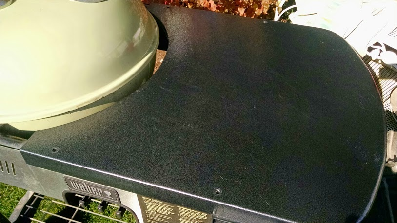 Older Weber Performer with new metal table