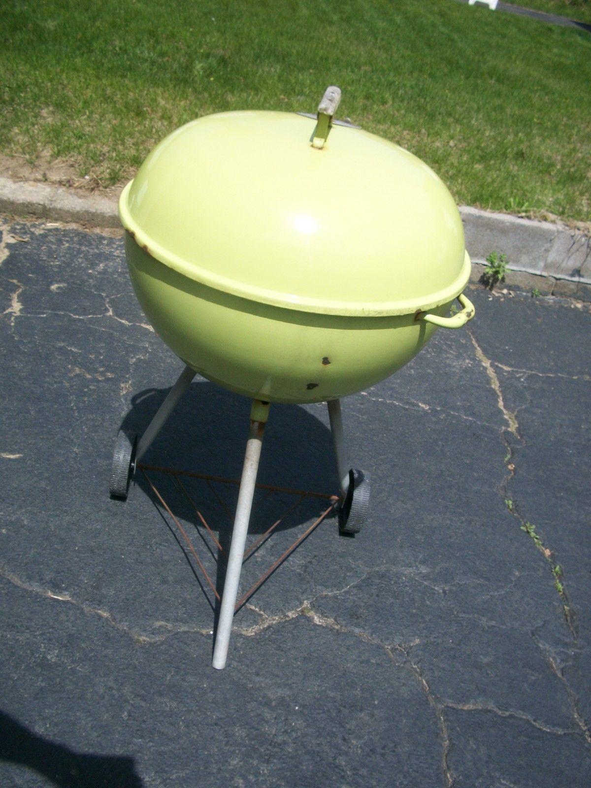 1970s lime weber kettle on ebay weber kettle club. Black Bedroom Furniture Sets. Home Design Ideas