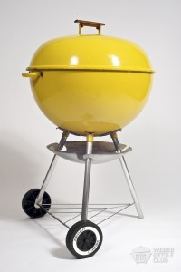 This thing belongs in a museum. But I'd still cook on it!