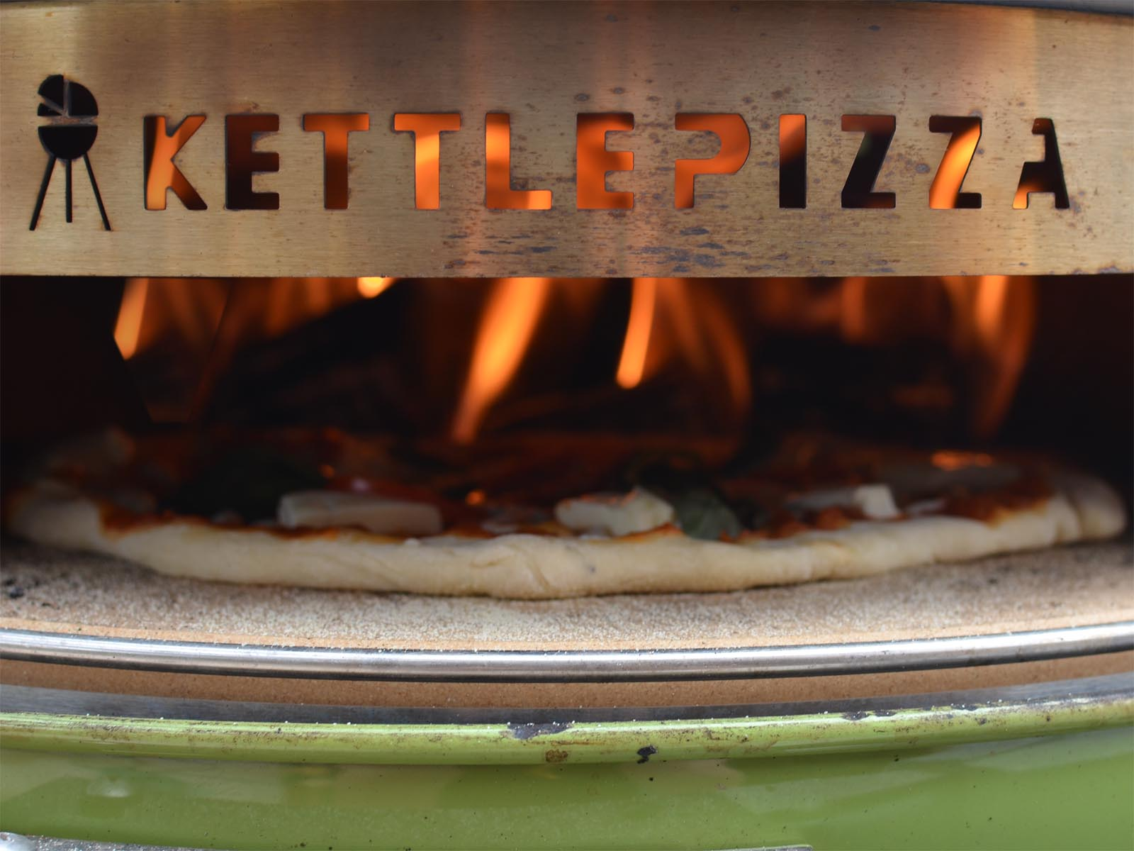 Kettle Pizza Review Weber Grill Pizza Oven Weber Kettle Club