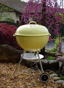 Weber Ambassador - Ochre yellow vintage