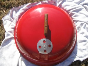 """1970's red 22"""" kettle lid"""