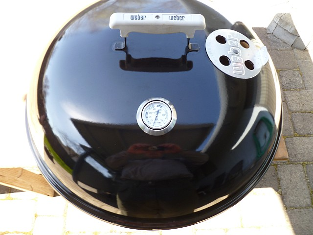 Install Weber Thermometer Lid