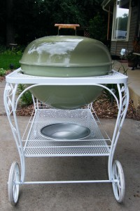 1967 Weber Seville rear photo of cart and kettle